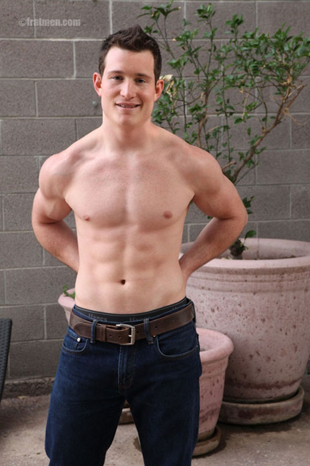 A slow jerk in the bed, a quick jerk in the study room and late night masturbation outside on the patio with Fratman Avery Download Full Stud Gay Porn Movies Here