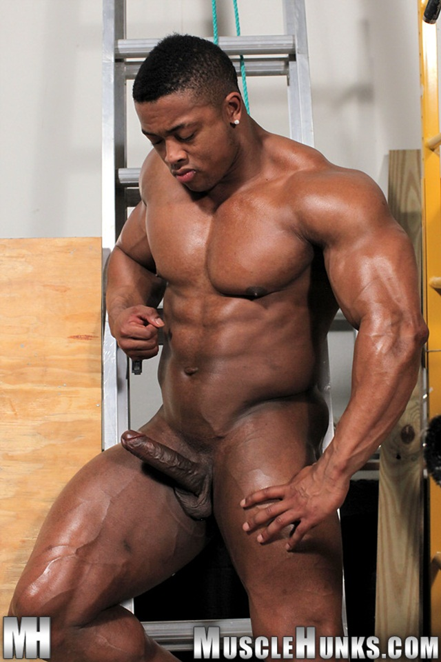 studz nude blacks ebony Muscle free