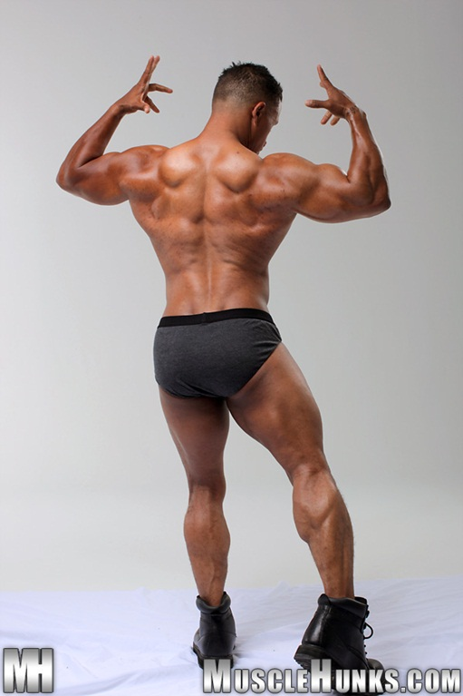 Hunky black bodybuilder Devon Ford 002 Ripped Muscle Bodybuilder Strips Naked and Strokes His Big Hard Cock for at Muscle Hunks photo1 - Hunky black bodybuilder Devon Ford at Muscle Hunks
