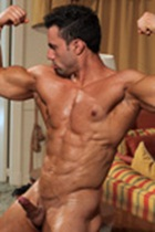 Joe Barkley Gallery 011 Ripped Muscle Bodybuilder Strips Naked and Strokes His Big Hard Cock for at Muscle Hunks photo1 - Muscle Hunks - Joe Barkley Gallery
