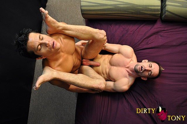 Fabian Fucks Eryk Eastman 4 Ripped Muscle Bodybuilder Strips Naked and Strokes His Big Hard Cock photo1 - Fabian Fucks Eryk Eastman at Dirty Tony