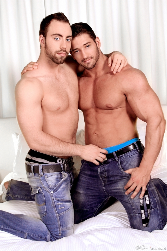 Christian-Power-and-Alec-Leduc-Gay-Porn-Star-Men-of-Montreal-naked-muscle-hunks-huge-cock-muscled-bodybuilder-02-pics-gallery-tube-video-photo