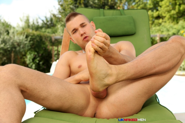 Jordan-Fox-UKNakedMen-hairy-young-men-muscle-studs-British-gay-porn-English-Guys-Uncut-Cocks-09-gallery-video-photo