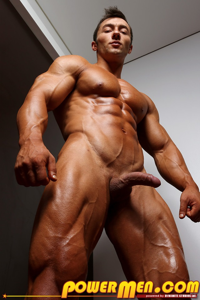 Chris-Bortone-PowerMen-nude-gay-porn-muscle-men-hunks-big-uncut-cocks-tattooed-ripped-bodies-hung-massive-naked-bodybuilder-012-gallery-video-photo