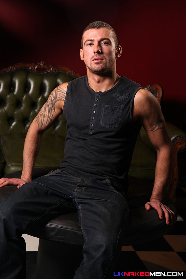 Tattooed muscle stud Marco Sessions UK Naked Male 01 photo - Tattooed muscle stud Marco Sessions at UK Naked Men