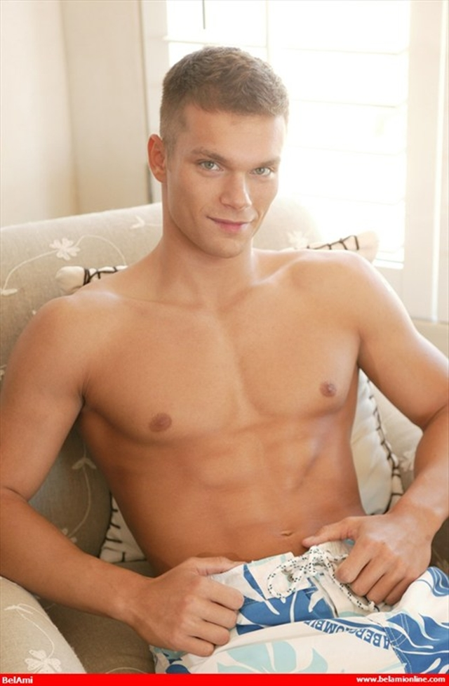 Nude young boy Brian Bennet Pin-Up photoshoot video at Belami