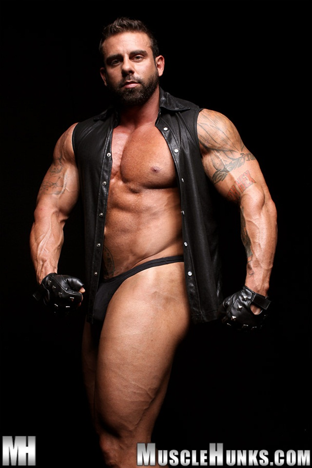 Muscle Hunks Built Muscle Man Xavier - Muscle Stud Movies-1694