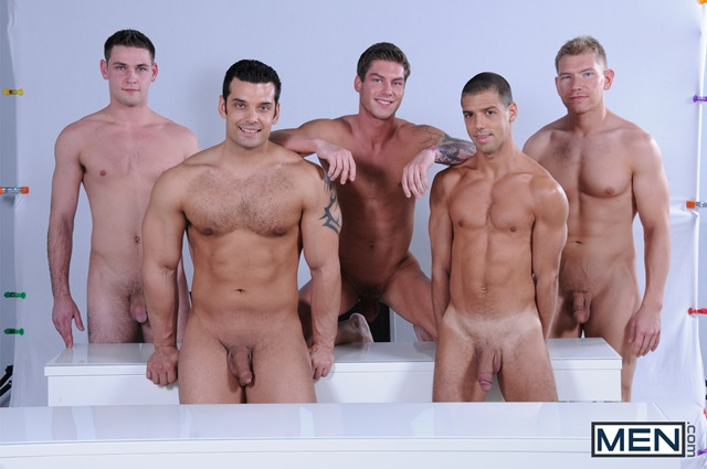 Muscly gay group cum on hunk