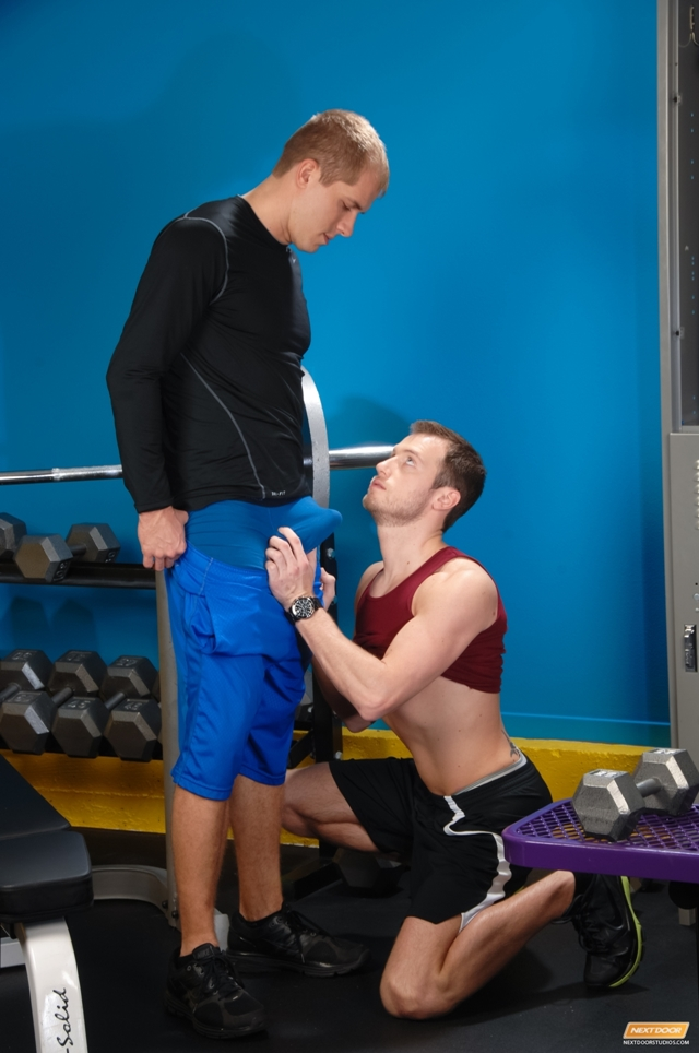 Next-Door-World-Brandon-Lewis-Kyle-Quinn-giving-head-licking-butt-hole-lubing-strokes-cock-cumming-load-003-male-tube-red-tube-gallery-photo