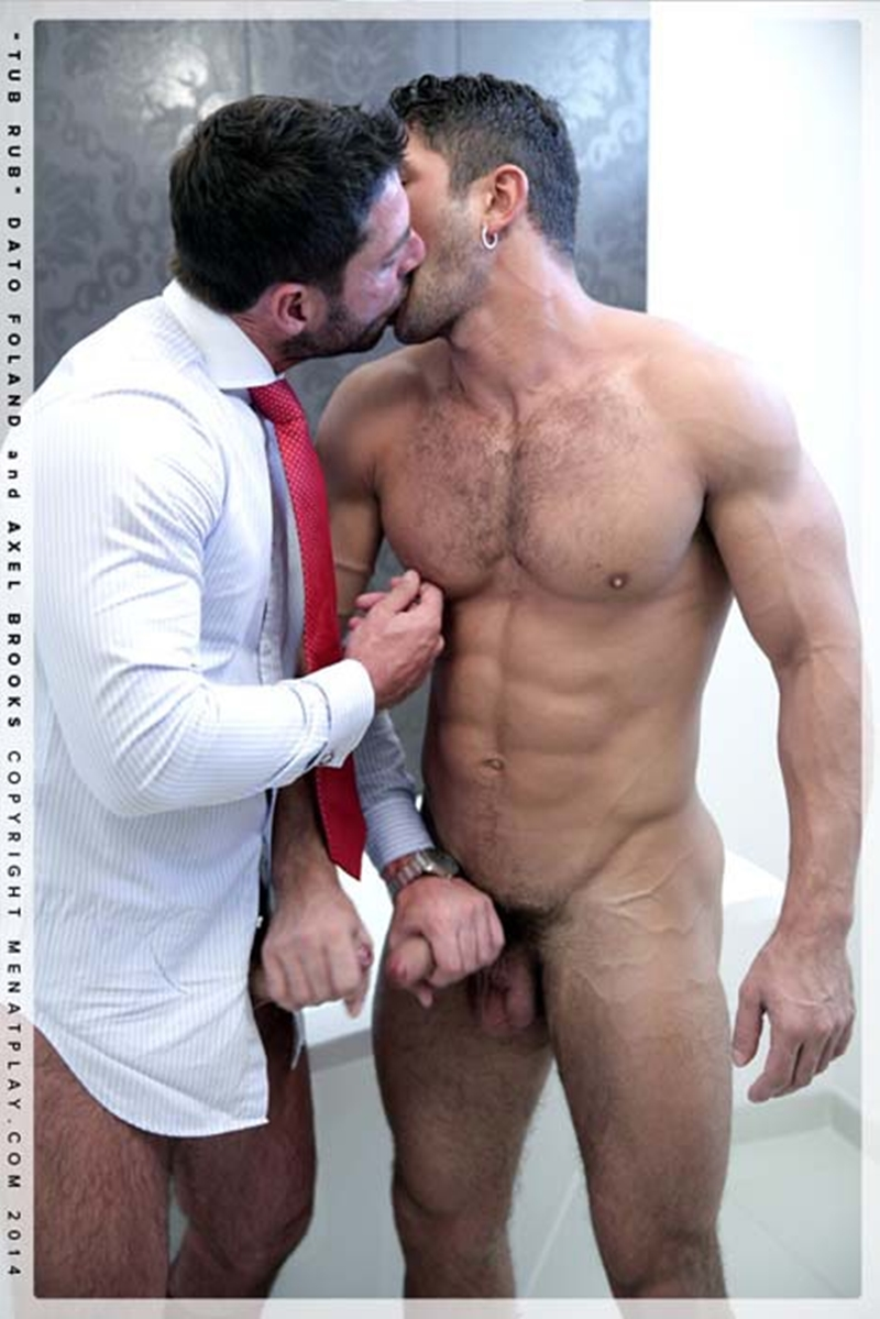 muscle men 2 men at play  Dato Foland and Axel Brooks