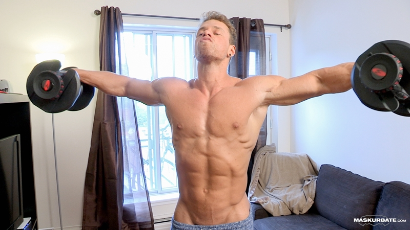 Muscle hunk Brad's full body workout catch him jerking his huge muscle dick