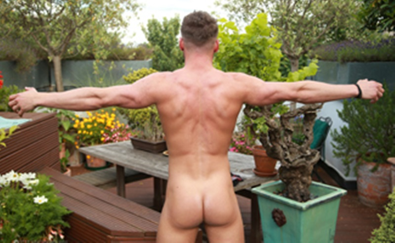 EnglishLads-Tyler-Pierce-straight-hunk-smooth-muscled-chest-muscular-long-thick-massive-8.5-inch-uncut-cock-piercing-cum-load-six-pack-abs-003-gay-porn-sex-porno-video-pics-gallery-photo