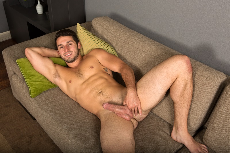 SeanCody-Sexy-young-bearded-muscle-stud-Coty-good-looking-guy-thick-cock-hairy-bubble-ass-cheeks-orgasm-jerks-blows-cumload-furry-abs-04-gay-porn-star-sex-video-gallery-photo