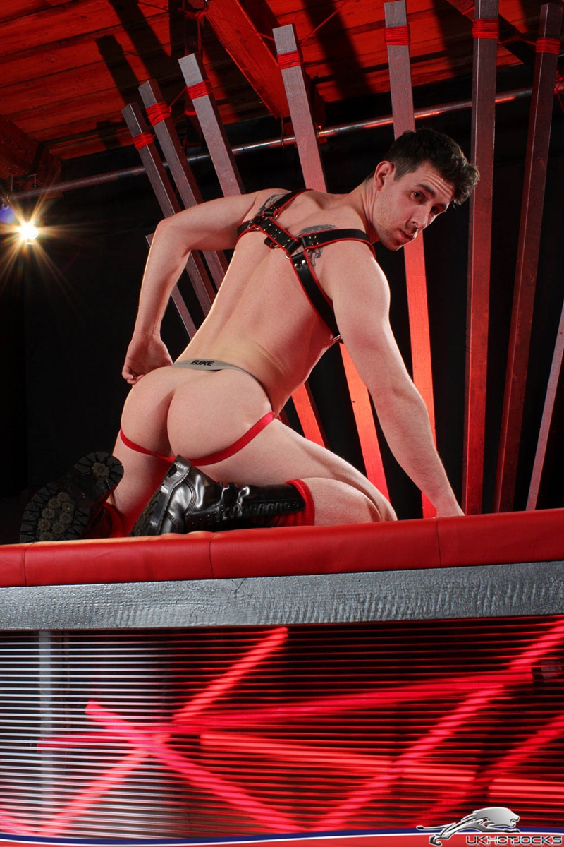 ukhotjocks-naked-leather-harness-guy-uk-hot-jocks-aggressive-bottom-dmitry-osten-asshole-fucked-anthony-naylor-boots-worship-005-gay-porn-sex-gallery-pics-video-photo