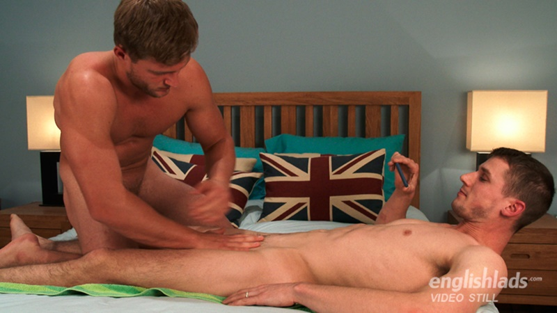 Straight young men Aaron Janes and Ellis Mann wank each others' huge uncut dick