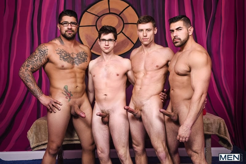 Men for Men Blog Gay-Porn-Pics-001-Damien-Stone-Justin-Matthews-Ryan-Bones-Will-Braun-Muscle-bound-stud-hardcore-ass-fucking-orgy-Men Muscle bound stud Damien Stone, Justin Matthews, Ryan Bones and Will Braun hardcore ass fucking orgy Men
