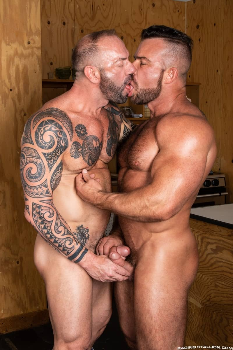 Tattooed-hunk-Vic-Rocco-huge-cock-fucking-Liam-Knox-hot-muscle-hole-RagingStallion-002-gay-porn-pictures-gallery