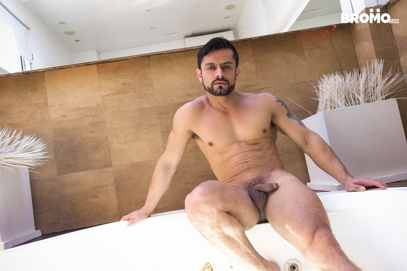 Tattooed-muscle-hunk-Bromo-Luciano-Peter-hardcore-bubble-butt-fucking-Bromo-005-Gay-Porn-Pics