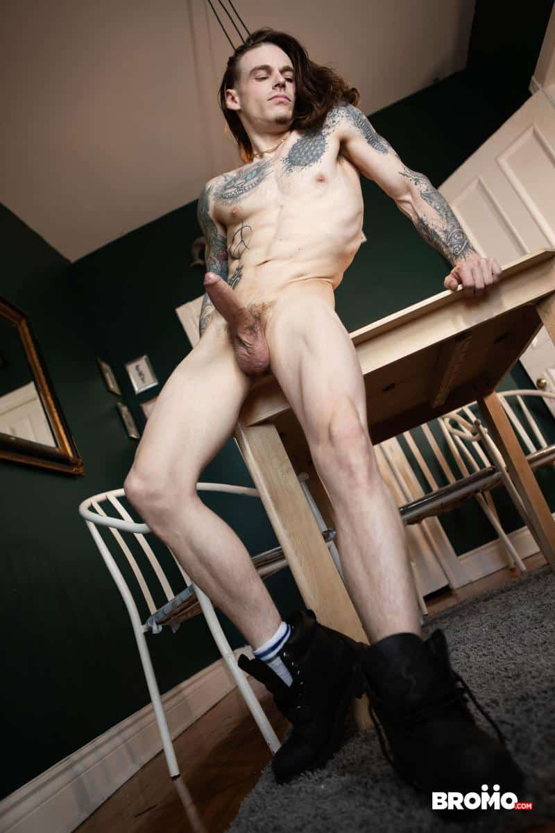 Hottie young stud Ryan Jacobs tight asshole raw fucked tattooed punk Sunny D huge uncut dick 26 gay porn pics - Hottie young stud Ryan Jacobs's tight asshole raw fucked by tattooed punk Sunny D's huge uncut dick