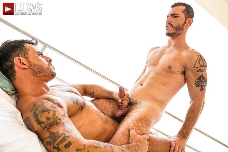Hairy muscle hunk Rudy Gram smooth ripped muscled stud Ricky Hard flip flop bareback ass fucking 26 gay porn pics - Hairy muscle hunk Rudy Gram and smooth ripped muscled stud Ricky Hard flip flop bareback ass fucking