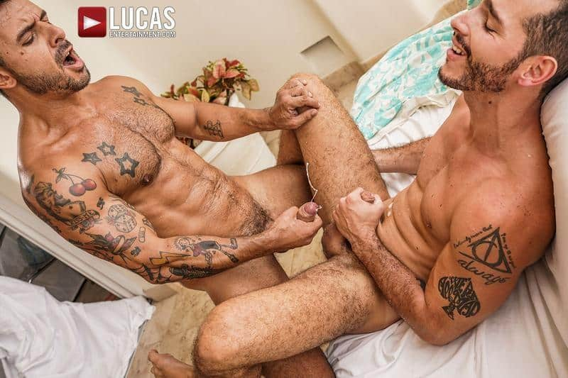 Hairy muscle hunk Rudy Gram smooth ripped muscled stud Ricky Hard flip flop bareback ass fucking 30 gay porn pics - Hairy muscle hunk Rudy Gram and smooth ripped muscled stud Ricky Hard flip flop bareback ass fucking